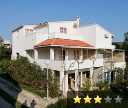 Apartments and rooms Sime Ostaric - Kolan - Island Pag