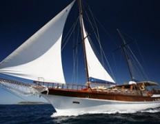 Sailing Europe - Charter caicco