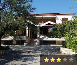 Apartmani Adriana - Starigrad - Paklenica